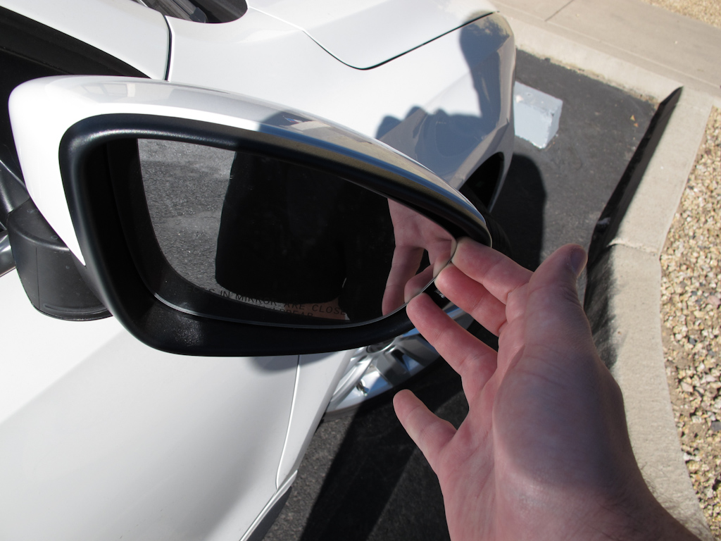 Demontare carcasa oglinda VW Jetta Mk6