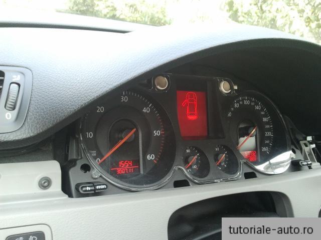 Demontare – Montare instrument cluster VW Passat 3C/B6